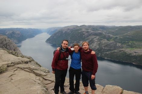 Friends at Preikestolen